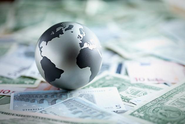 Η περιουσία που βρίσκεται στα χέρια του 1% των πλουσιοτέρων στον κόσμο θα ξεπεράσει το 2016 εκείνη που κατέχει το υπόλοιπο 99%.   cnbc.com